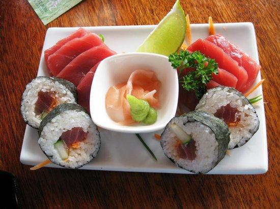Trader Jacks : Fresh Tuna Plate