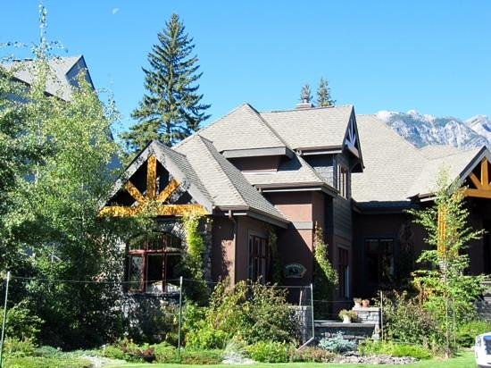 Buffaloberry Bed and Breakfast: B&B Perfection