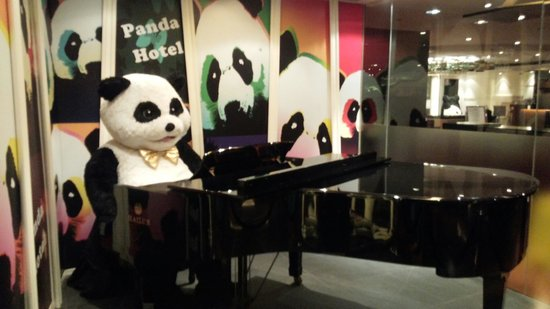Panda Hotel : ロビー