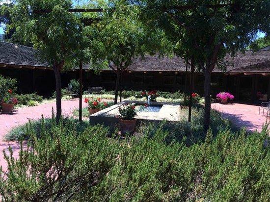 Sunset Magazine Headquarters and Gardens : Great garden design