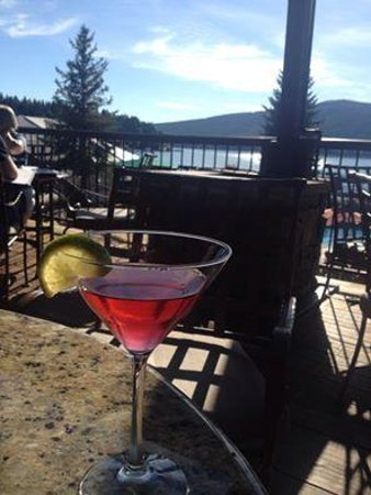 Boat Club Lounge & Restaurant: Huckleberry Cosmo
