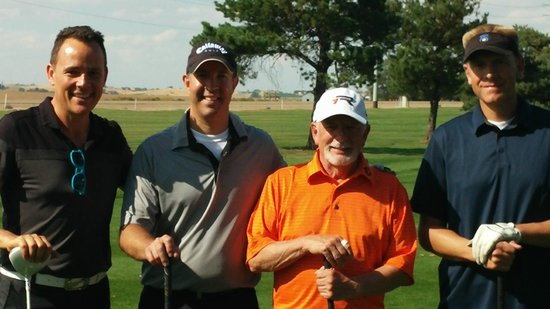 Purple Sage Golf Course: Nice company outing