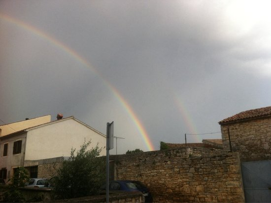Opg Toffetti: Double rainbow over our house