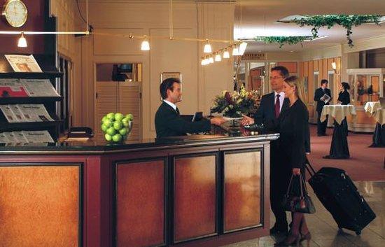 Günnewig Hotel Bristol: Rezeption