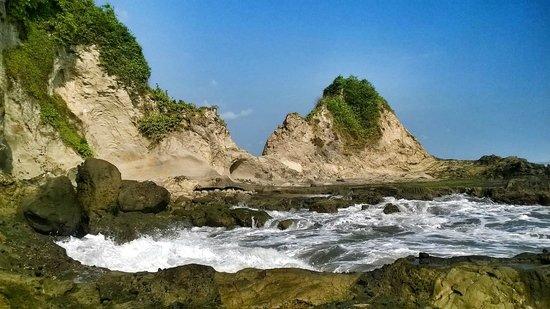 Karang Nini Beach