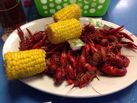 Fisherman's Cove Seafood: Delicious crawfish boil!