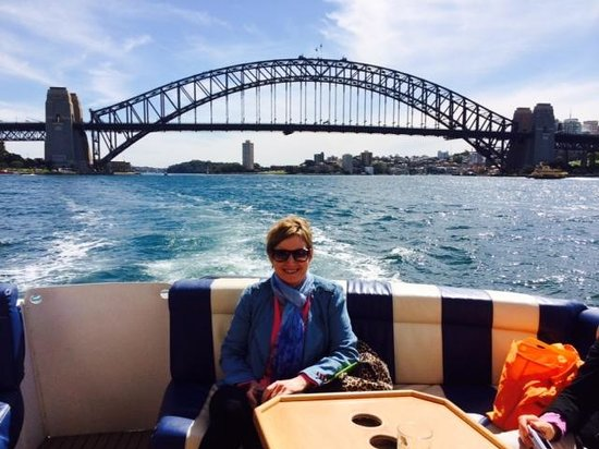 Sea Sydney Cruises: Relaxing on the Harbour