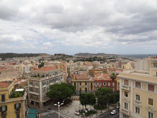 Bastione di Saint Remy: Vista de Cagliari desde el bastión
