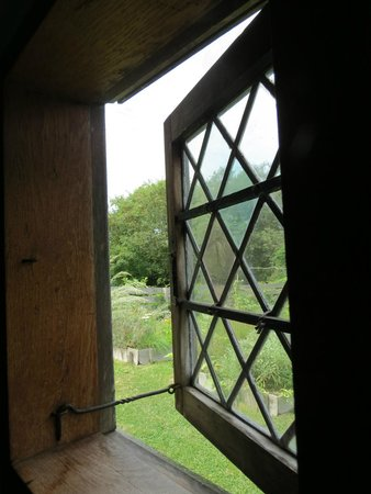 Oldest House (Jethro Coffin House) : View fro an upstairs window of the old house