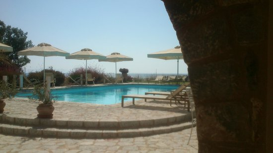 Castello Antico Beach Hotel : pool view