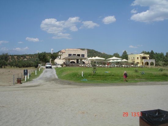 Castello Antico Beach Hotel: hotel view from beach