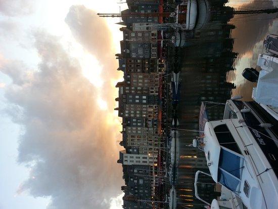 Ibis Budget Honfleur: Porticciolo di Honfleur a pochi passi dall'hotel