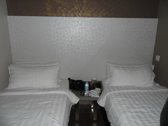 Fragrance Hotel - Ruby: superior room good for 2