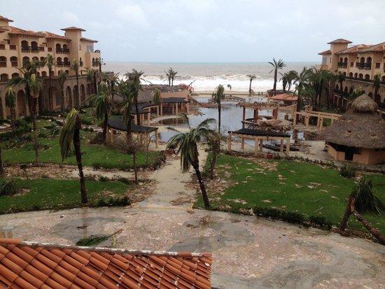 Royal Solaris Los Cabos: Hurricane odile