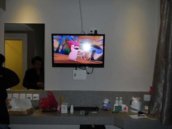 Fragrance Hotel - Ruby: with smart tv. coffee, tea and water complimentary