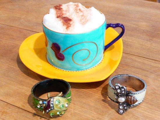 Field Green Oast Bed & Breakfast : Breakfast coffee