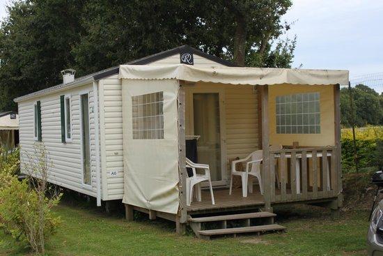 Camping Le Moulin de Kermaux: le bungalow