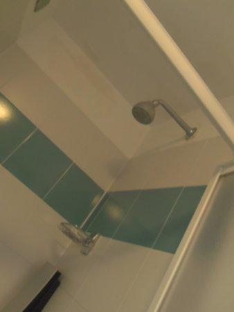 Excel Hotel Roma Montemario : doccia