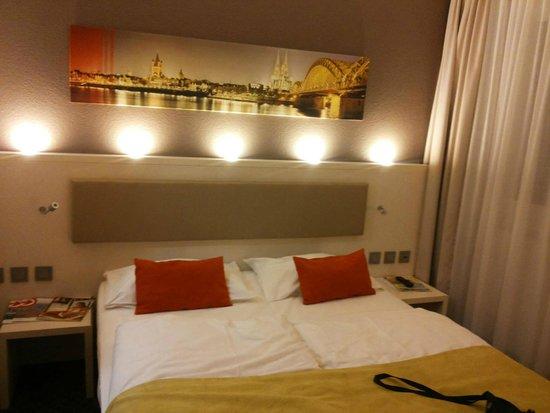 Mercure Hotel Severinshof Koeln City : Camera