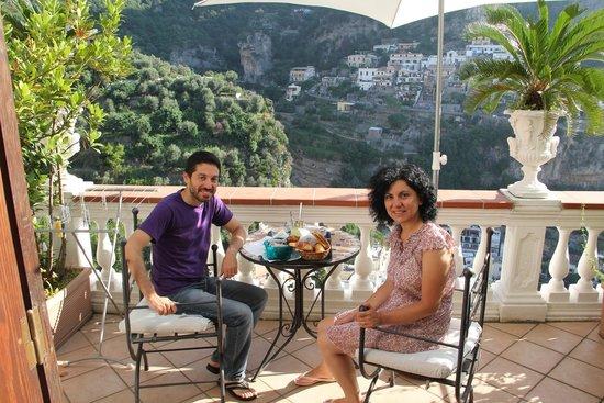 Villa Palumbo B&B : terrazzo e colazione