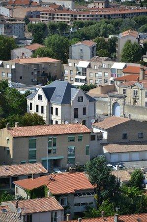 Demeure Saint Louis vista dalla Città Medioevale di Carcassonne