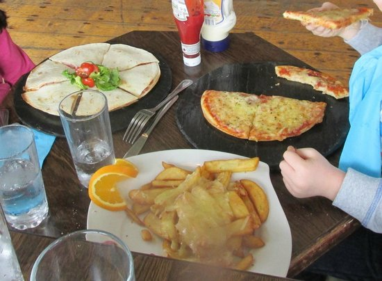 Boardwalk Cafe and Bar : CHILDREN'S PIZZA, CASSADIAS, AND CHEESY CHIPS!!!