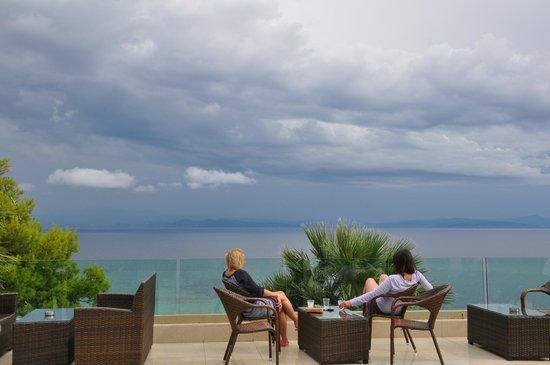 Aristoteles Beach Hotel: Nice view of the sea