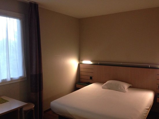 B&B Hotel Aubagne Gemenos: Chambre familiale
