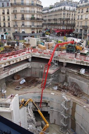 Novotel Paris Les Halles: View from the 1st floor!
