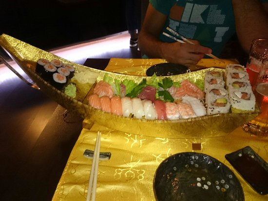 Fuku Sushi: Barca per due