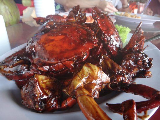 Golden View Hotel Batam: Selection of Crab dish