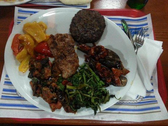 Le Palme: salsiccia hamburger verdura mista