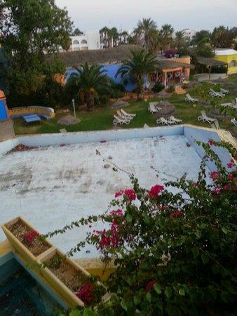 Caribbean World Hammamet Garden: terrasse tres sale