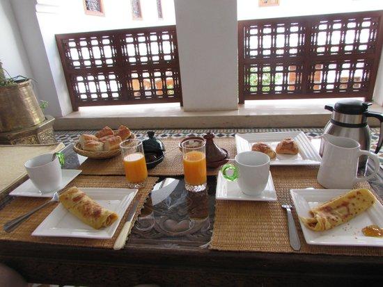 Riad Zineb: Breakfast