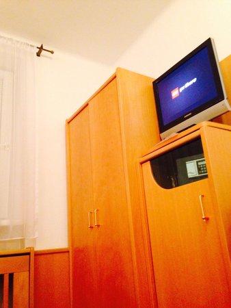 Hotel Liebetegger: Tv