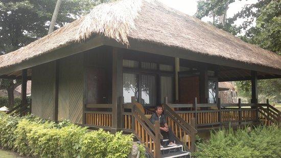 Puri Saron Senggigi Beach Hotel : Menanti Senja