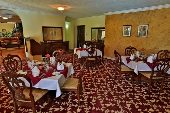 Cold Springs Karen Boutique Hotel: Restaurant