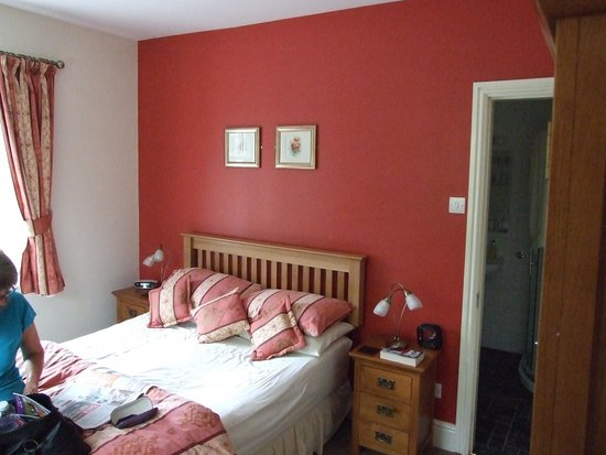 Oakfield House B & B : Typical bedroom.