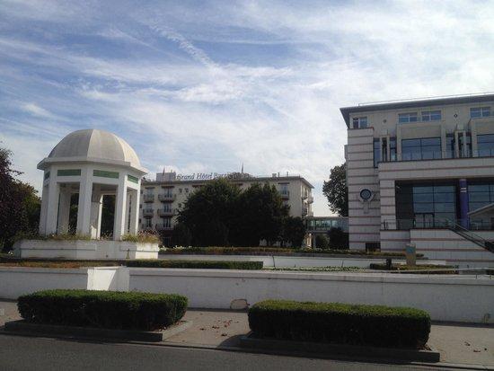 Hôtel Barrière Le Grand Hôtel: M hôtel et la thalasso