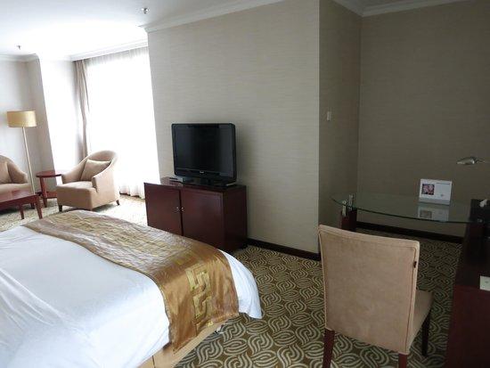 Inner Mongolia Grand Hotel: corner room