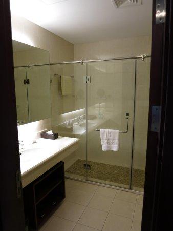 Inner Mongolia Grand Hotel: bathroom