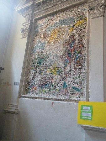 La Cathedrale Notre-Dame de la Nativite de Vence : Mosaico Chagall