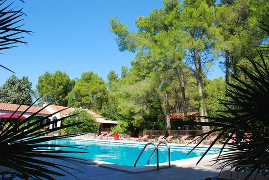 Photo of Hotel Les Mazets des Roches Tarascon