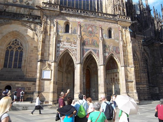 Prague Airport Transfers Day Tours : and outside the Cathedral