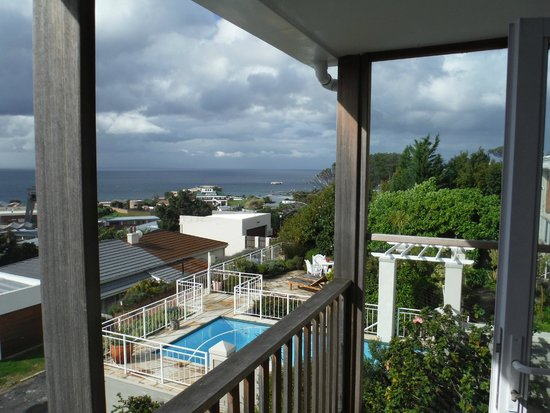 Grosvenor Guest  House: Southern view from same balcony