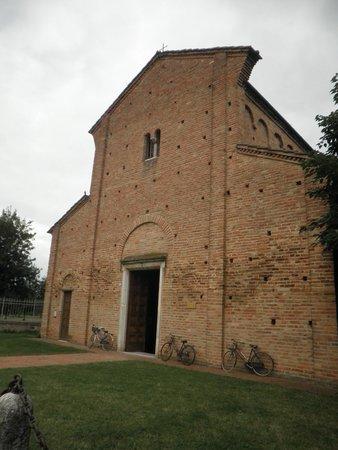 Chiesa San Pietro in Sylvis