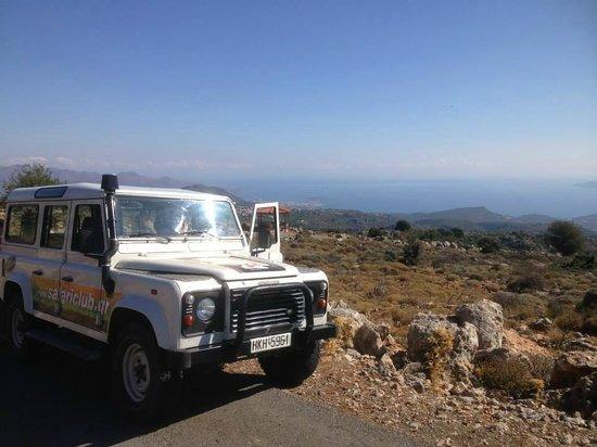 Safari Club Crete: The LR and view