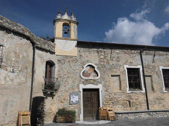 Castelvecchio Pascoli, إيطاليا: Piazzetta di Castelvecchio