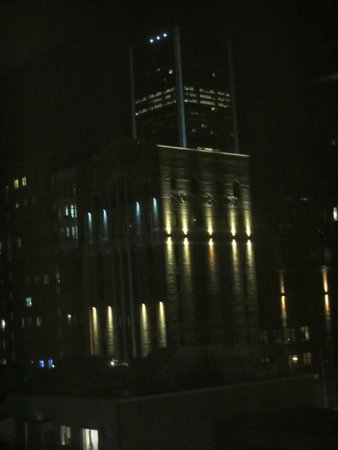 Courtyard Montreal Downtown: Nighttime view from our room