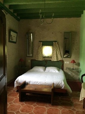 La Maison Complete lovely 2 person room complete with full shower and toilet - picture